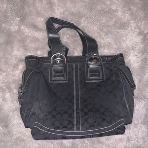 Coach (Authentic) Black Tote w/ Zip Closure